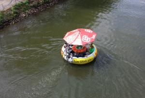 BBQ Donuts Saarbrücken – Alle in einem Boot – Die Nummer 1 für ...