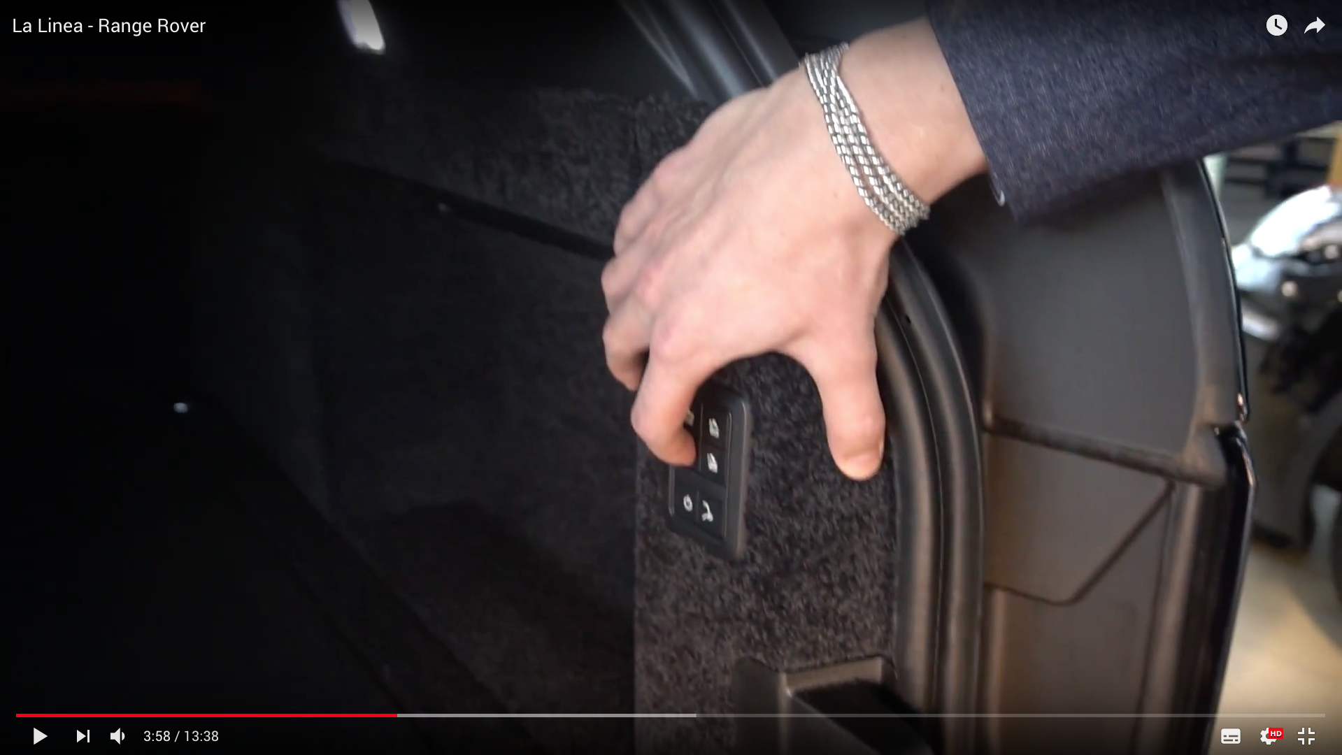2017 La Linea - Range Rover auto verstellbare Rückbank_MSM_MEDIEN_SAAR_MOSEL_SAARLAND_FERNSEHEN_1_ED_SAAR